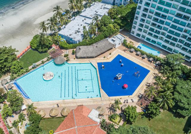 BEACH AND POOL Relax Costa Azul Hotel GHL